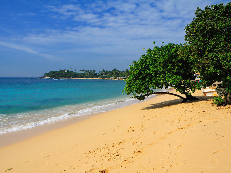 Things to do in Unawatuna - Top travel experiences in Unawatuna - Unawatuna Beach - Beaches in Sri Lanka -  Galle Fort - Galle, Sri Lanka - Things to do in Galle - Places to Visit in Galle, Sri Lanka